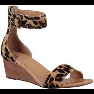 Like new UGG leopard wedge sandals